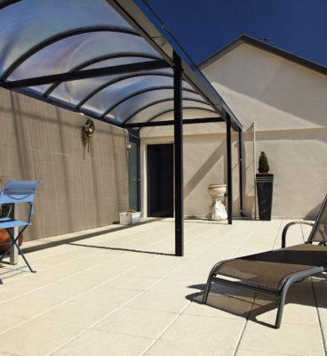 image de Patinierte Terrassenplatten Manoir