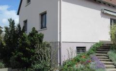 Außenbereich in Agora Corail Pflaster und Blockstufen Mailand - Vorher